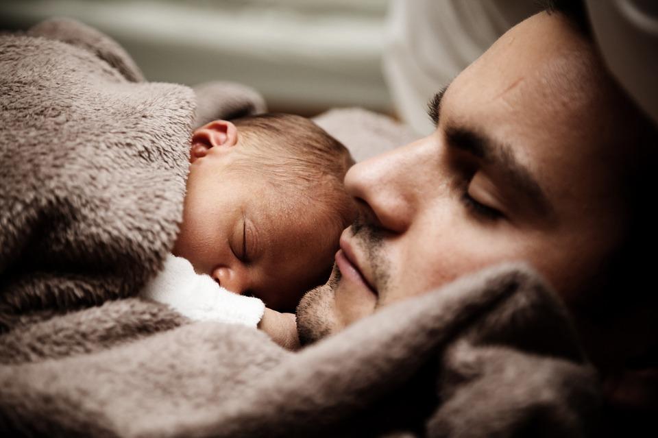 Vaderschapsverlof wordt verlengd. Hoe zit dat?
